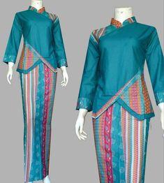 Batik Fashion, Hijab Fashion, Fashion Outfits, Blouse Batik, Batik Dress, Model Rok Kebaya, Muslim Women Fashion, Womens Fashion, Batik Muslim