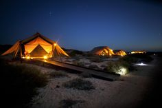 Glamping: Putting the glamour into the great outdoors Ningaloo Reef: Australia The Sal Salis Safari Camp is a small collection of 9 tents Camping Glamping, Luxury Camping, Luxury Travel, Camping Photo, Camping Items, Beach Camping, Australia Hotels, Australia Travel, Vogue Australia
