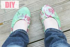 DIY Tutorial: Springtime Floral Flats | College Fashion