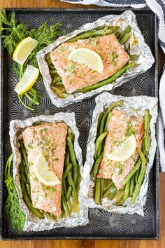 Grilled Salmon In Foil -- this simple salmon in foil recipe is packed with lemony garlic butter flavor! Adding green beans to the packet means you have have protein and a side dish on the table in under 30 minutes… | salmon in foil packets | easy salmon in foil | garlic butter salmon in foil | salmon in foil with green beans | find the recipe on unsophisticook.com