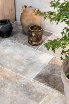Choose the Wexford Natural Porcelain Tile to add an authentic looking, large porcelain tile with the charm of Yorkstone paving slabs. Shop at Mandarin Stone. Ceramica Exterior, Exterior Tiles, Terrace Tiles, Patio Tiles, Balcony Tiles, Outdoor Tiles Patio, Outdoor Plants, Outdoor Spaces, Stone Tile Flooring