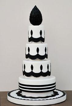inspir cake, chandeliers, art, black white, magazines, white weddings, white cakes, white wedding cakes, chandeli inspir