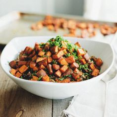 Recipe for garnet pilaf from the Sprouted Kitchen. This recipe features sweet potato, brown rice and quinoa. Smoked Salmon Frittata, Whole Food Recipes, Dinner Recipes, Clean Eating, Healthy Eating, Healthy Food, Vegetarian Recipes, Healthy Recipes, Fast Recipes