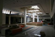 Gallery: Big Town Mall > Daytime Followup > Main concourse - Urban Exploration Resource