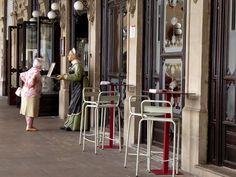 Adoquines y Losetas.: Café Iruña