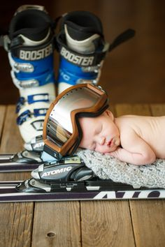 Denver Newborn Photography | Denver Newborn Photographer | Denver Photographers | Newborn Baby Photo Ideas | Ski Gear