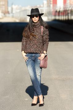 Multicolor Turtleneck & Hat   With Or Without Shoes - Blog Moda Valencia Tendencias