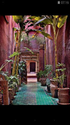 . Casa Italiana en color rubí