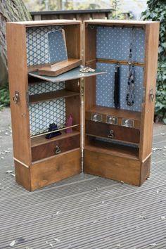 02_Kasten_Upcycling Wer hätte gedacht, dass aus zwei Schubladen nochmal ein ganz neues Möbelstück wird?