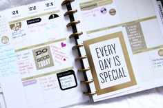 see how Sofia Nilsson is using her Happy Planner™ in her blog post via REDUX SQUAD