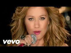 Kelly Clarkson - I Do Not Hook Up - YouTube