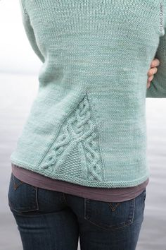 thejitteryknitter:  herthen:  (via Twist Style Friday: Piscataqua)   Gorgeous cable design detail