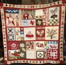 Resultado de imagem para patchwork Rustic Quilts, Country Quilts, Old Quilts, Mini Quilts, Colchas Country, Sampler Quilts, Patch Quilt, Farmhouse Style Decorating, Handmade Crafts
