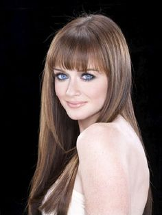Alexis Bledel - great actress and I love her style, she's beautiful without much effort!