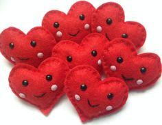 Cute kawaii felt heart brooch valentines by Sewkidding on Etsy, £3.50
