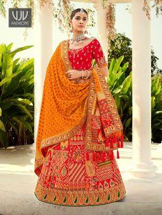 Rs14,100.00 Banarasi Lehenga, Lehenga Skirt, Lehenga Blouse, Silk Dupatta, Indian Wedding Lehenga, Bridal Lehenga Choli, Ghagra Choli, Wedding Sarees, Plus Size Lehenga