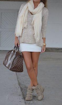 falda pegada beige