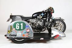 BMW R50 Cafe Racer with sidecar by HB Custom #motorcycles #caferacer #motos | caferacerpasion.com