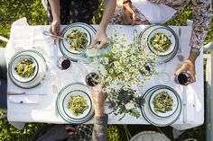 federica and co hotel comida jardín Picnic, Table Settings, House, Life, Ideas, Home, Elopements, Gardens, Food