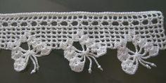 Nas próximas postagens, começarei a mostrar alguns trabalhos em  RICHELIEU , inclusive  BARRADO  para toalhas de Rosto ou Lavabo, que tenho ...