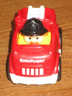 Fisher Price Little People Wheelies Fire Truck Man Red Ladder  #FisherPrice