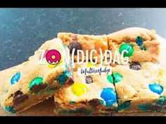 ZON(DIG)DAG: M&M cookie bars - Food - Flair