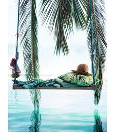 http://www2.hm.com/ro_ro/casa/cumparaturi-sortate-dupa-tema/8sg-tropical-touch.html