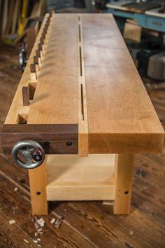Split Top Roubo workbench design, Frank Strazza. http://strazzafurniture.com