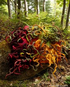 Marjolein Dallinga Textiles, Sculpture Textile, Felt Pictures, Weaving Art, Nuno Felting, Fabulous Fabrics, Handmade Felt, Diy Home Crafts, Fibres