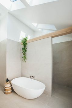 Bathroom interior design 463800461618576992 - Long Jetty Renovation Master Bathroom Reveal Source by Bathroom Styling, Natural Bathroom, Bathroom Images, Minimalist Bathroom, Bathroom Renovation, Boho Bathroom, Bathroom Decor, Bathrooms Remodel, Bathroom Design