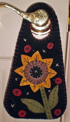 SUNFLOWER Penny Rug Door Hanger- Need to make a door hanger for session times.