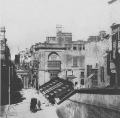 Vintage Valletta: Bay Retro fan Conrad Chircop sent us this rare photo of Kingsway in 1860 before the Royal Opera House was built