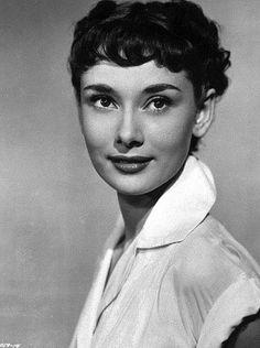 Pictures & Photos of Audrey Hepburn - IMDb