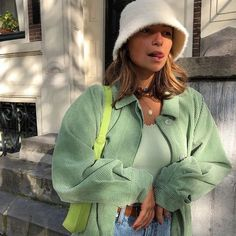 Eismag on eismag on source by eismag vintage outfits 10 cute fall outfits to wear to class Aesthetic Fashion, Look Fashion, 90s Fashion, Autumn Fashion, Fashion Outfits, Urban Aesthetic, Aesthetic Outfit, Fashion Women, Fashion Ideas