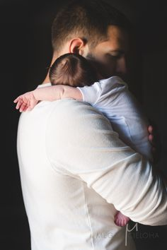 dad love, definitely need a picture like this once the baby comes