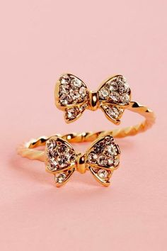 Charming, Golden Engagement Ring with Shiny Gems, So Cute