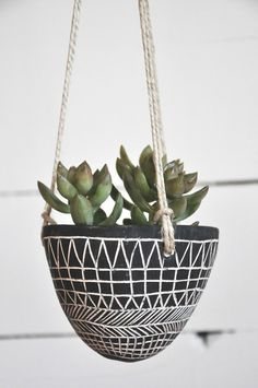 Hanging Planter | HalfLightHoney on Etsy