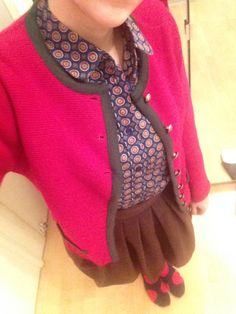 Oufit: Peek & Cloppenburg Bluse, Austrian Tracht Weste, Dots Sweaters, Fashion, Holiday, Vest, Blouse, Nice Asses, Moda, Fashion Styles, Sweater