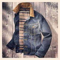 要數 101 嘅經典又點可以只提牛仔褲?Lee 於 1931 年推出其首件slim jacket - 101J。短身,slim cut,內斜胸袋同粗腰帶等嘅特徵,全係根據西部牛仔策騎時的需要而設計。