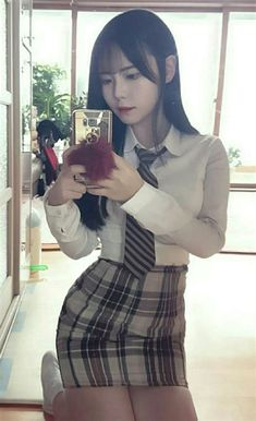Cute School Uniforms, School Outfits, Korean Student, School Looks, Ulzzang, Turtle Neck, Sexy, Womens Fashion, Clothes