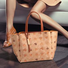 GLAMOUR COLLECTION #loristella #glamour #collection #madeinitaly #bags #fall #winter #bag