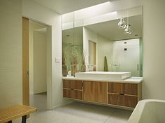 Mid-Century Modern Bathroom Ideas-20-1 Kindesign