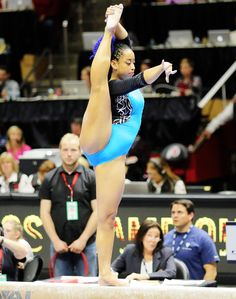 People are FREAKING OUT about this gymnast's viral routine