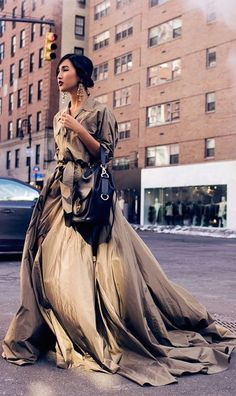 """ralphlauren: """"Ready for Spring: Nicole Warne of Gary Pepper Girl steps out in the cold wearing the season's RL Collection safari-inspired gown and a Drawstring """" Gary Pepper Girl, Street Chic, Street Style, Nicole Warne, Ralph Lauren, Vogue, Welcome To The Jungle, New York Street, Mode Style"""