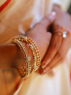 Stack up on the most trending everyday wear diamond bangles made in 18 karat gold. The 3 beautiful designs of daily wear diamond bangles are captivating. Plain Gold Bangles, Gold Bangles Design, Gold Jewellery Design, Gold Jewelry, Indian Gold Bangles, Indian Jewelry, Bridal Jewellery, Gold Necklace, Diamond Bangle