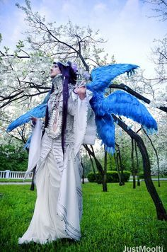 Lilith from Trinity Blood. She did an amaaaazing job with this. Trinity Blood, Movie Costumes, Light Novel, Best Cosplay, Larp, Costume Design, Ball Gowns, The Incredibles, Costume Ideas