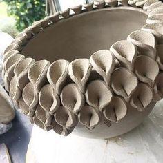 30 vind-ik-leuks, 3 reacties - Mary (@marysplinter) op Instagram: 'Werk in uitvoering! #ceramic #ceramics #ceramiclicious #keramiek #klei #handmadewithlove…'