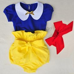 This adorable three piece snow white set comes with shirt in blue, yellow bloomer style shorts with a bow, and a red head band. This is perfect for your little one's Disney vacation, birthday party, or dress up. Baby Girl Fashion, Kids Fashion, Toddler Fashion, Toddler Outfits, Kids Outfits, Children's Outfits, Baby In Snow, Snow Outfit, Baby Girl Princess