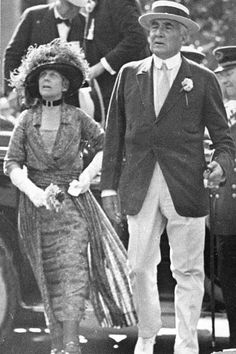 July 4, 1923: Warren G. Harding, and his wife, Florence, a month before his death. Rumors circulated that she had poisoned him, but he actually died of a heart attack.