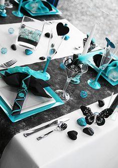Résultats Google Recherche d'images correspondant à http://img.over-blog.com/421x600/3/95/37/61/table-turq-noire-ivoire/Table-turquoise.jpg